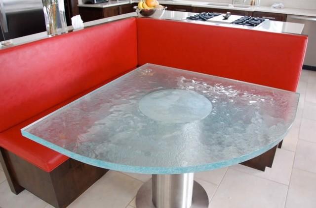 Стол угловой для кухни